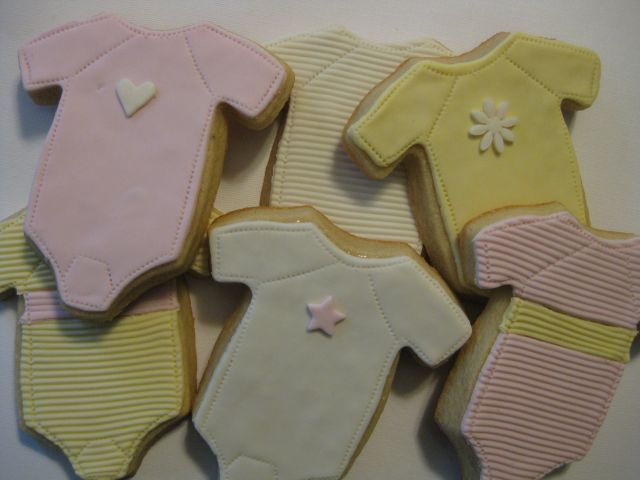 Pink/Yellow Onesie, 6 cookies